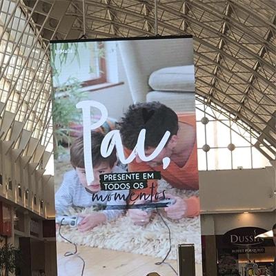 O anúncio de dia dos pais nesse shopping de Curitiba que não passou muito bem a