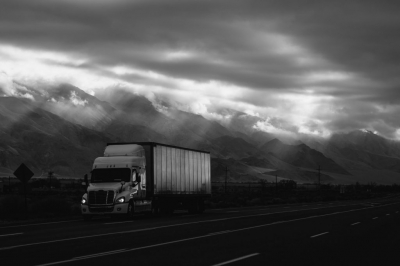 Conheça o caminhão autônomo da Uber