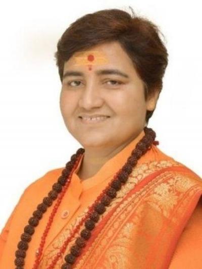 Parlamentar indiana diz que bebe urina de vaca para evitar a covid-19