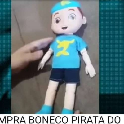 Boneco do Luccas Neto