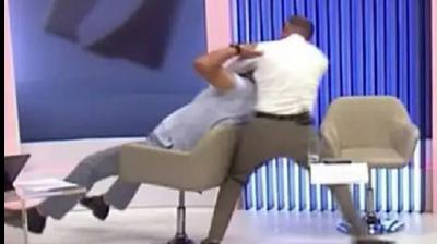Políticos trocam socos durante debate ao vivo na TV, na Moldávia