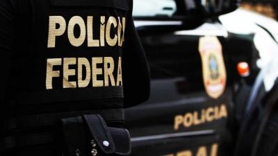 Polícia Federal acha propina em dinheiro vivo em forro da casa de prefeita