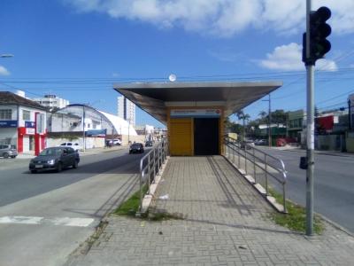 Usuários agradecem reabertura de estação de ônibus