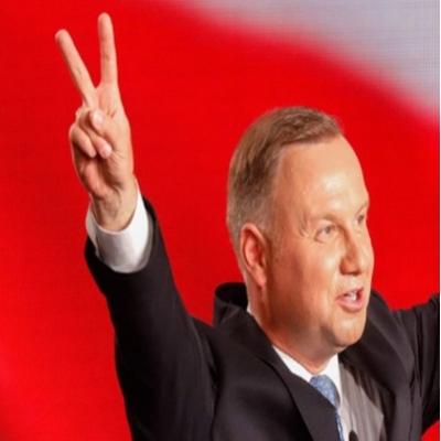 Presidente ultraconservador da Polônia enfrentará