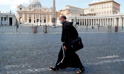 Vaticano planeja campanha de vacinação rápida contra a Covid-19