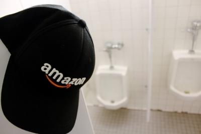 Funcionária da Amazon é demitida por ir muitas vezes ao banheiro