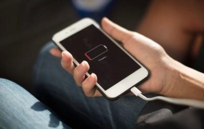 Nova bateria para smartphone pode durar até 5 dias