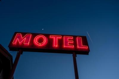 Programa sexual em motel de Uberaba termina em briga com garrafa