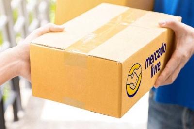 Mercado Livre e Azul fazem parceria para entregas por via aérea em 1 dia
