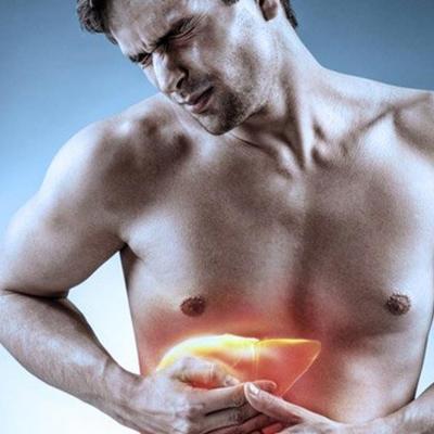 70% dos pacientes graves de COVID apresentam danos ao fígado, aponta estudo