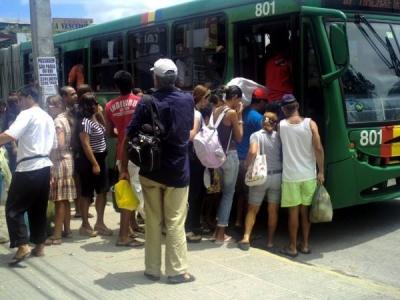 O não uso de máscara nos ônibus só acontece por falta de punição