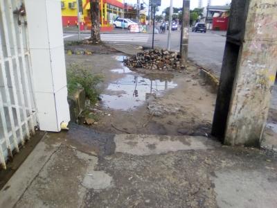 Calçada danificada