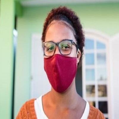 Usar óculos ajuda a evitar o contágio do novo coronavírus?