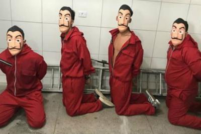 Youtuber e seus amigos invadem prisão com roupas de