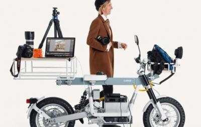 Moto elétrica sueca pode ser transformada em bancada de trabalho