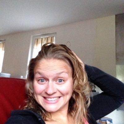 """""""Deus que me transformou"""", conta sobrevivente de overdose em tentativa de suicíd"""