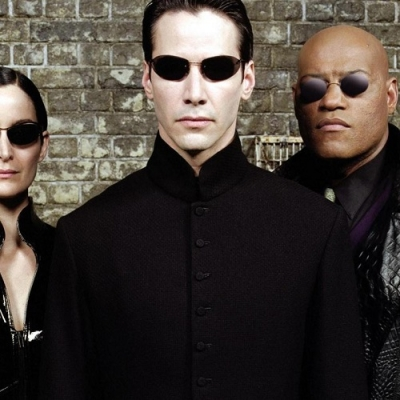 O antes e o depois do elenco da franquia Matrix