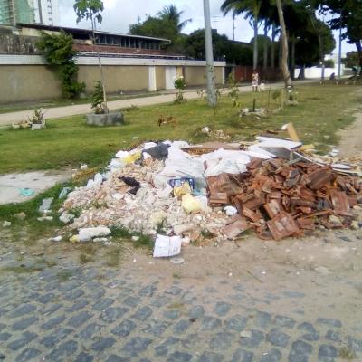 A Praça do lixo