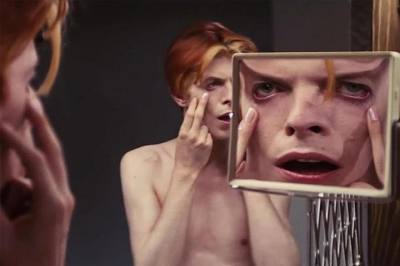 CBS transformará filme com David Bowie em série