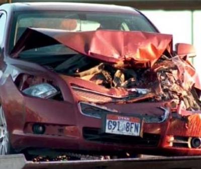 Criança de 9 anos 'rouba' carro dos pais para ir à praia e causa acidente