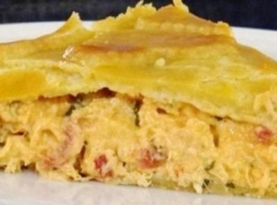 Torta especial de frango e catupiry com massa de iogurte