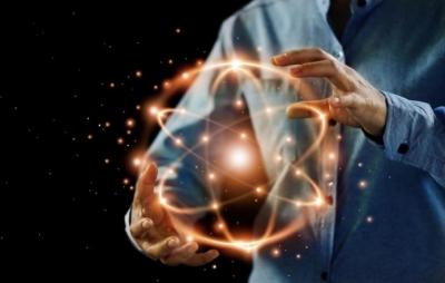 Físicos conseguem 'segurar' átomo individual pela primeira vez