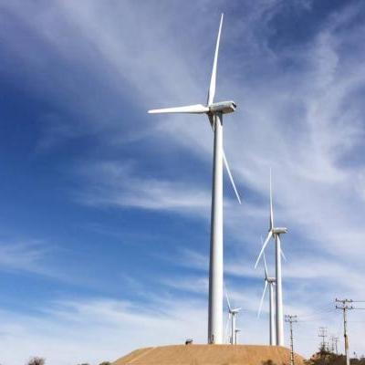Como funciona uma torre de energia eólica?