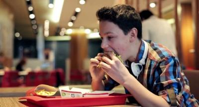 Má Alimentação Durante a Adolescência Pode Já Afetar a Fertilidade de Homens no