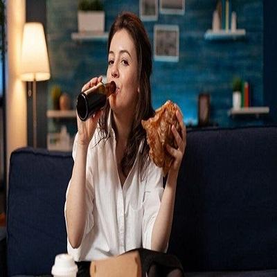 7 Alimentos e bebidas que você não deve ingerir de noite