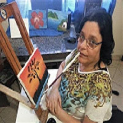 Pintora com a boca ''Débora Ferreira'' encanta na Exposição Virtual de 2020!