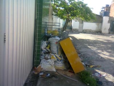 Lixo não é fiscalizado pela Prefeitura