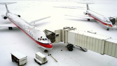 Por que só alguns voos são cancelados por conta do mau tempo?