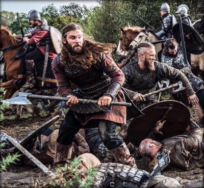Machado viking é descoberto na Dinamarca ao lado dos restos mortais de casal
