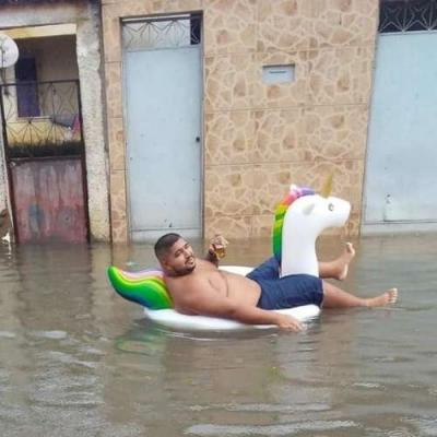RelaxXxando em um enchente