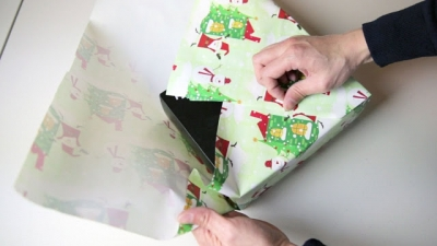 Como japoneses embrulham presentes sem usar fita adesiva