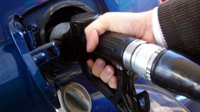 Preço da gasolina cai durante pandemia e fica mais barato em 2020
