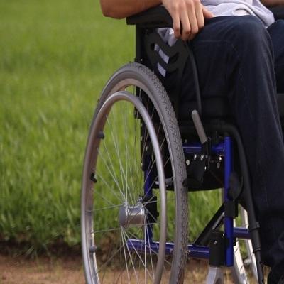 Tetraplégico há mais de 7 anos pede ajuda para sobreviver.
