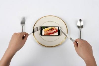 Usuários de redes sociais copiam hábitos alimentares de amigos, diz estudo