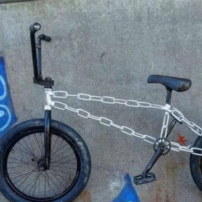 Bicicleta do motoqueiro fantasma