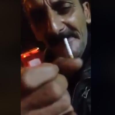Carai tio o cigarro ta ao contrario parça