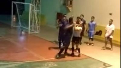 Árbitra é agredida durante partida de futsal em universidade