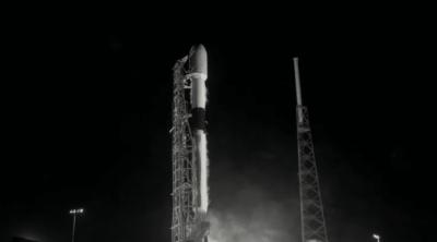 SpaceX lança mais 60 satélites Starlink e bate recorde com Falcon 9