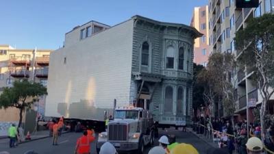 Homem paga R$ 2,15 milhões para transportar sua casa inteira