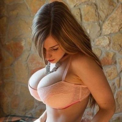 20 situações que só mulheres com peitos grandes vão entender