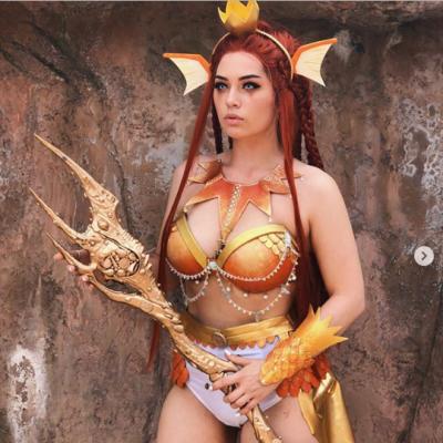 A melhor cosplay de Magikarp que eu já vi