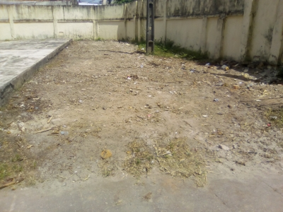 Lixo na escola foi retirado (Antes e Depois)