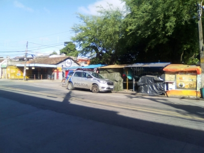 Barracas recebe visita da polícia