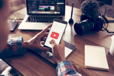 YouTube testa comentários sincronizados com o vídeo