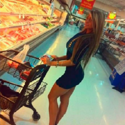 A triste realidade de um homem quando vai ao supermercado sozinho