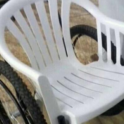 Cadeira de rodas do bar